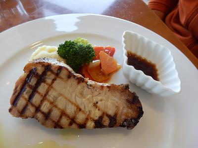 まきば豚ステーキ.png
