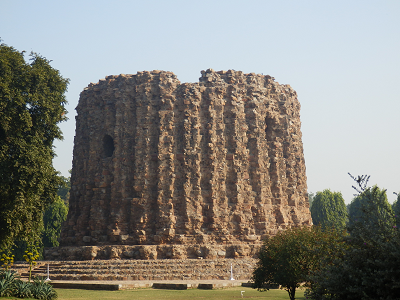 india 未完のアラーイーの塔.png